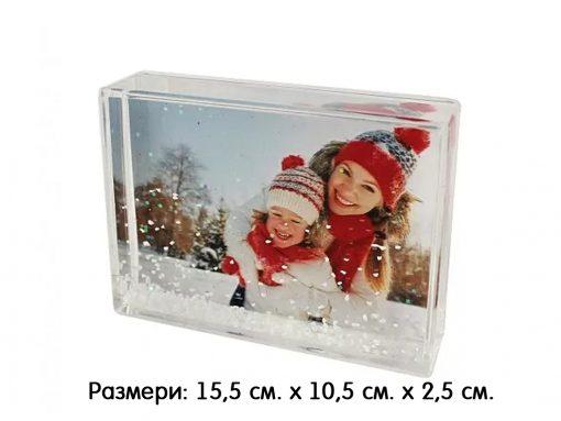 Фото блок със снежинки