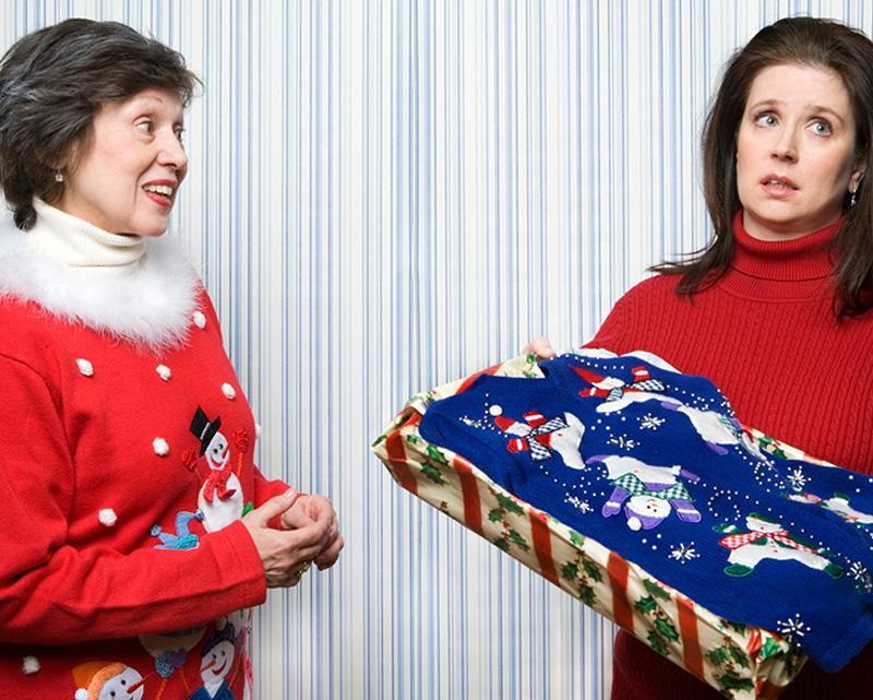 Как да реагираме на подарък, който не харесваме