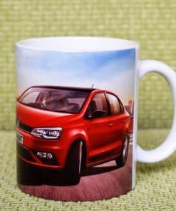 бяла чаша със снимка по поръчка на клиента